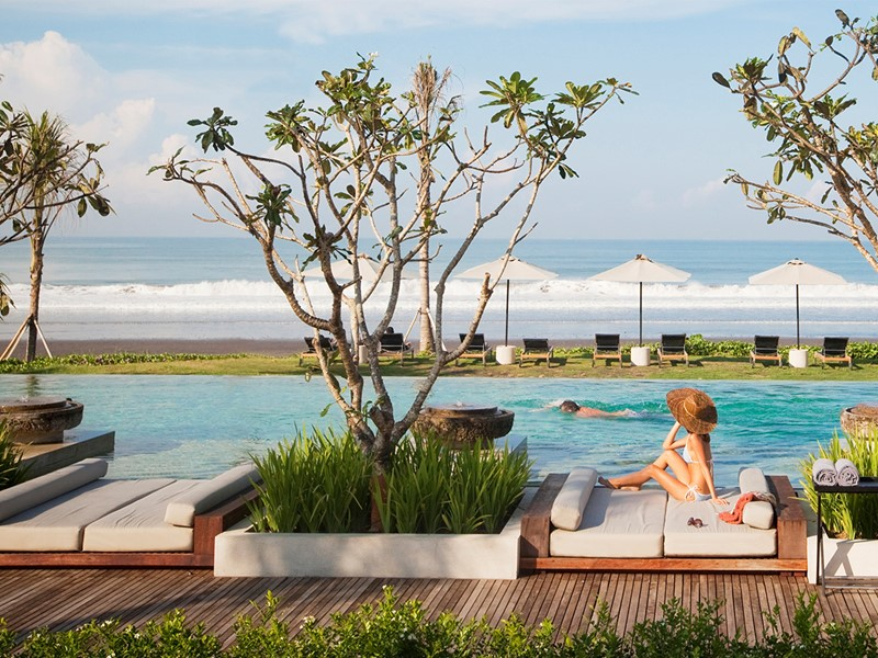 Autre vue de la piscine du Soori Bali