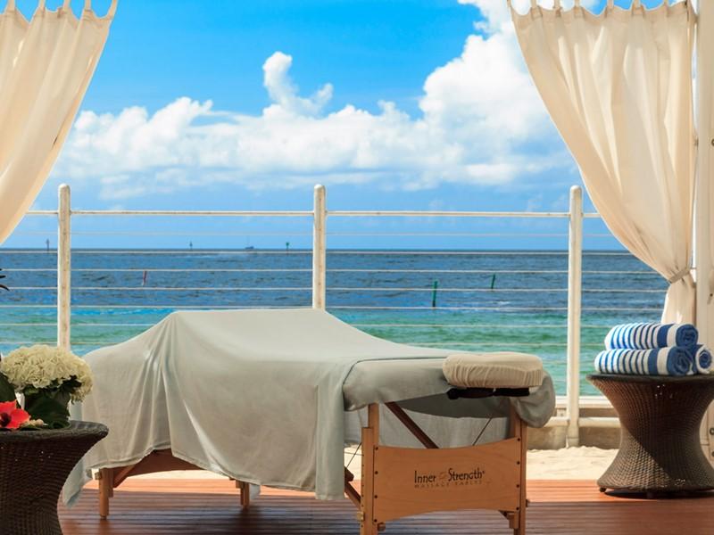 Soins relaxants face à l'océan à l'hôtel Southernmost