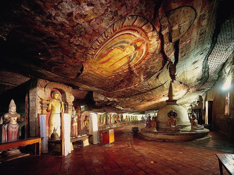 Découverte des grottes de Dambulla