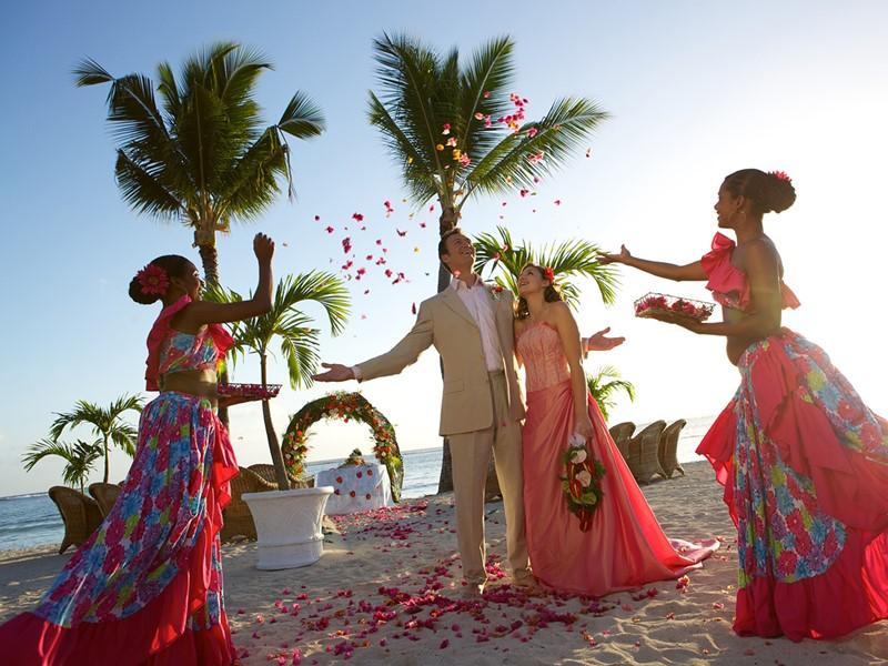 Mariage au Sugar Beach
