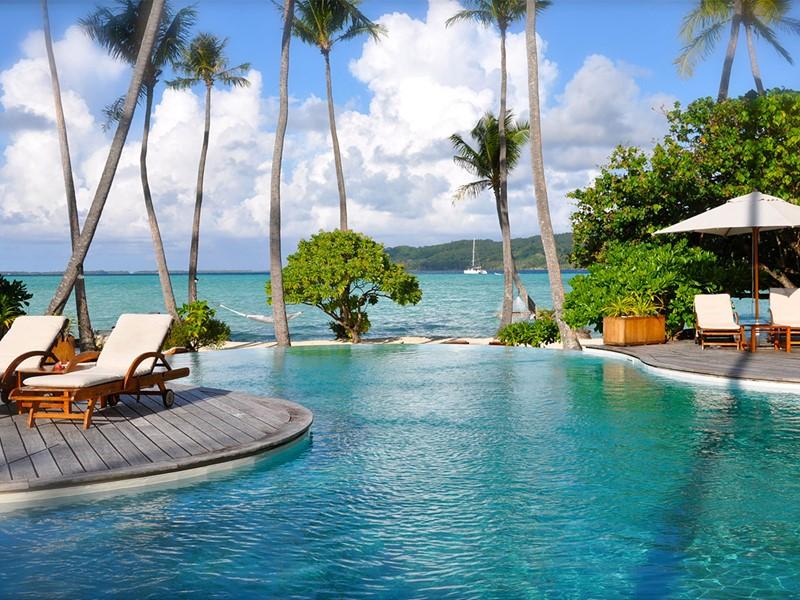 La piscine du Tahaa Island Resort en Polynésie