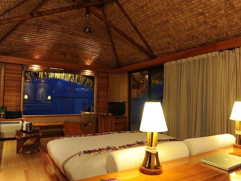 Suite sur Pilotis Sunset de l'hôtel Tahaa en Polynésie