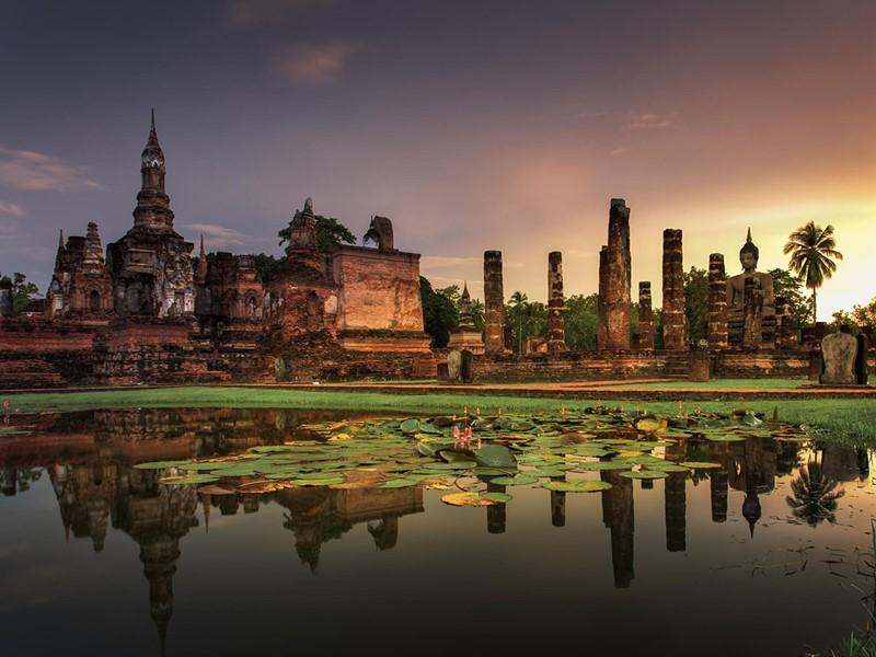 Visite du parc historique de Sukhothai