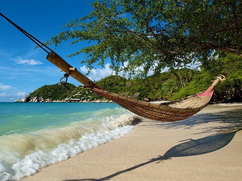 La plage de l'hôtel Beach Club by Haadtien en Thailande