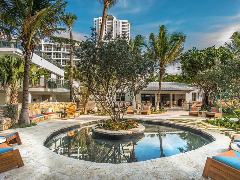 Cadre relaxant pour un moment de déconnexion au Confidante Miami Beach