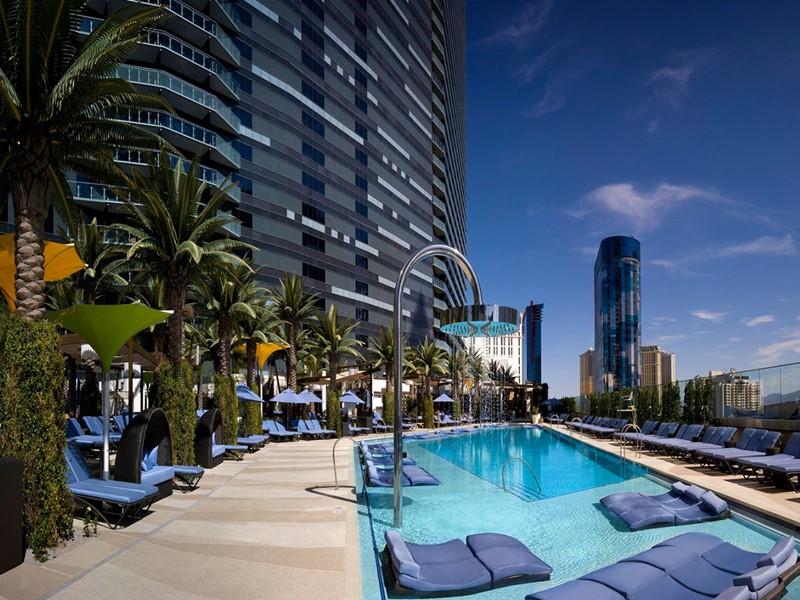 Profitez de la superbe piscine du Cosmopolitan of Las Vegas