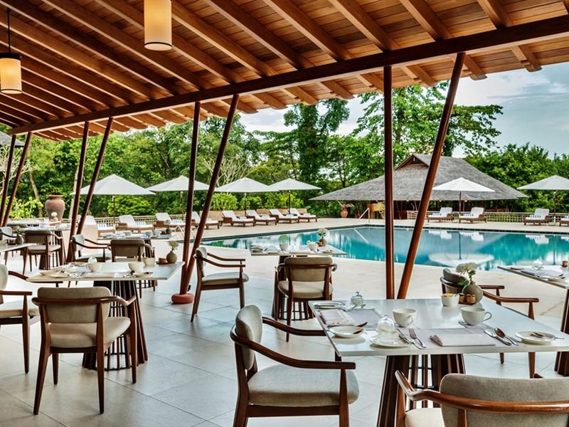 Cuisine internationale au restaurant The Dining Room du de l'hôtel Datai