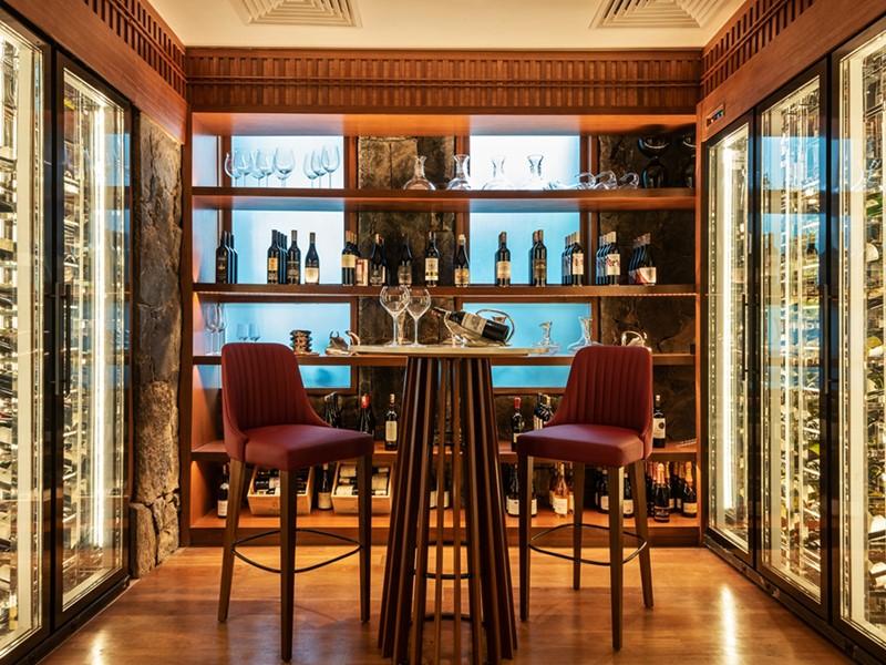 Une large sélection de vins vous attend au Datai