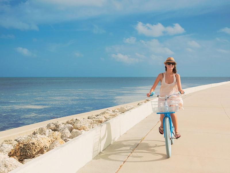 Profitez d'une balade à vélo en bord de mer, à Key West, en Floride