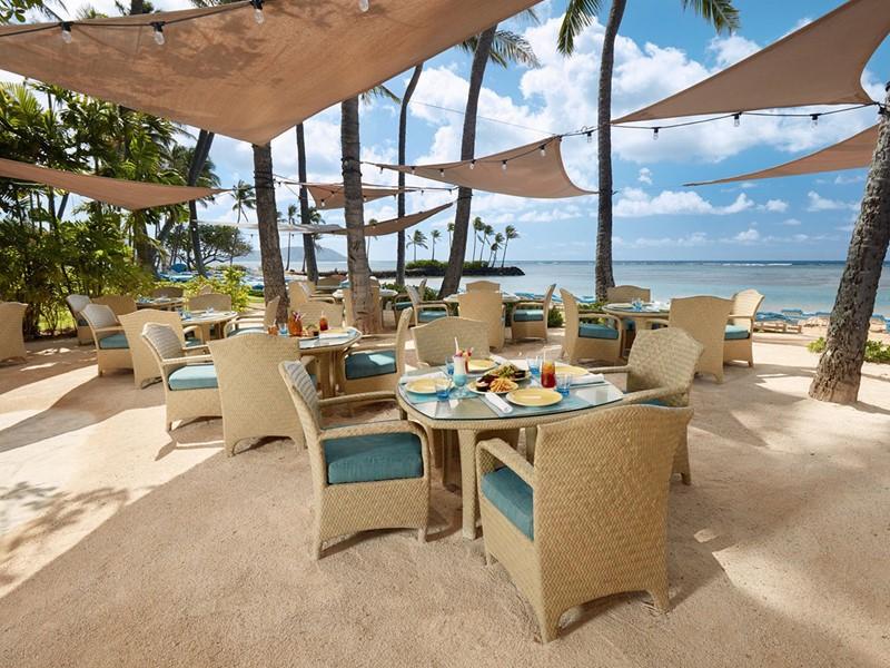 Le restaurant Seaside Grill du Kahala Hotel & Resort