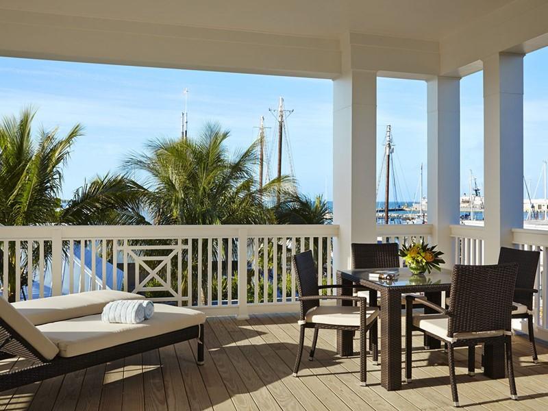 Splendide vue sur le port historique de Key West depuis l'hôtel The Marker
