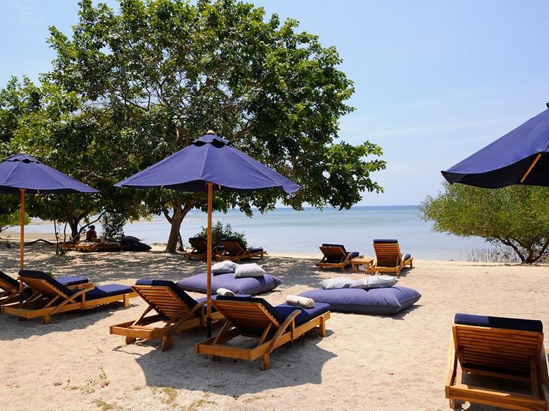 La plage de l'hôtel The Menjangan à Bali