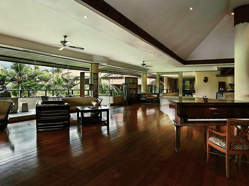 Le lounge du Royal Beach Seminyak à Bali