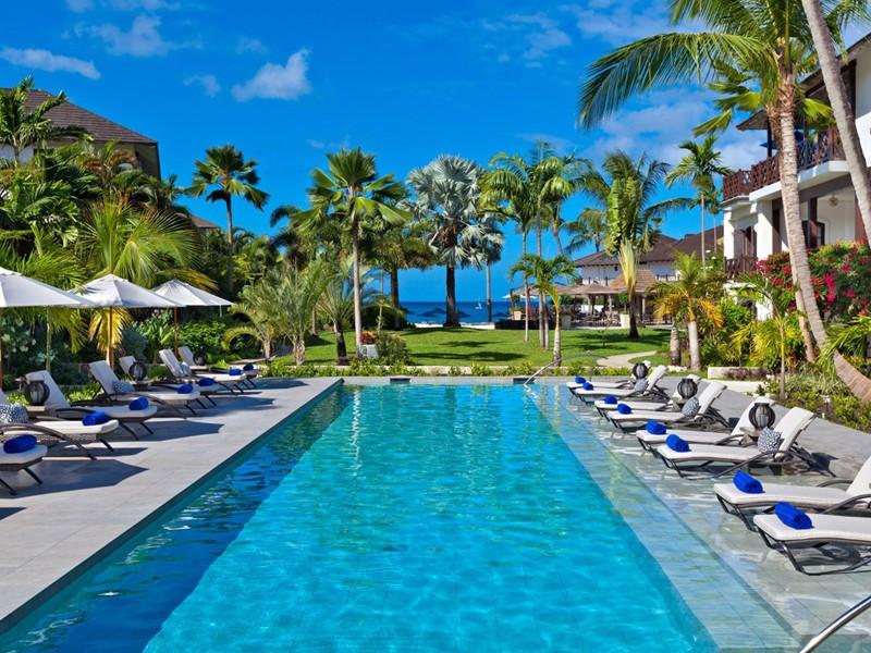 Profitez des belles piscines de l'hôtel