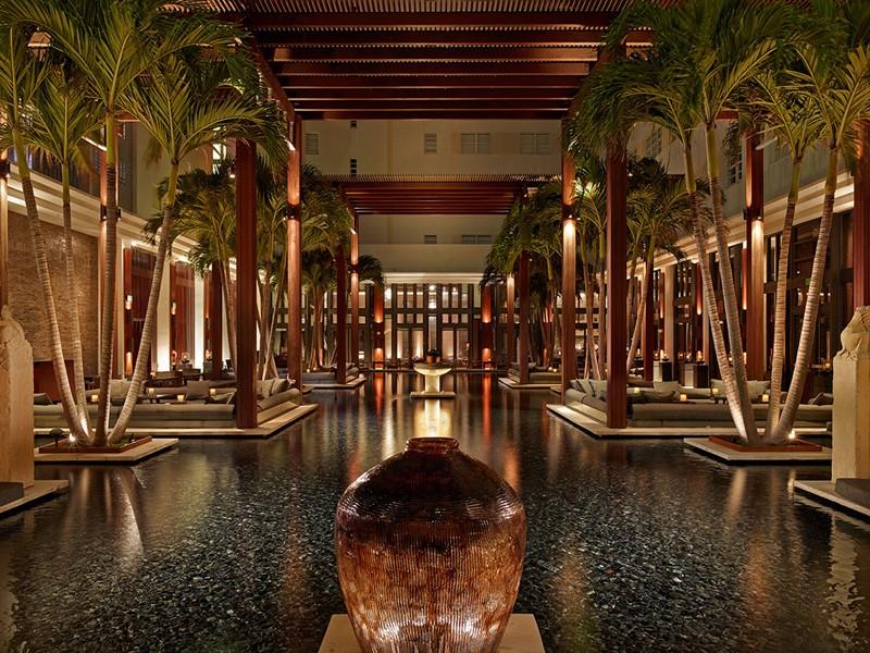 Incroyable architecture de l'hôtel 5 étoiles The Setai