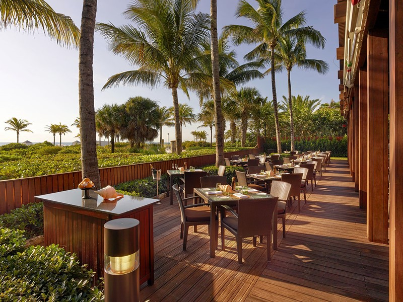 Le restaurant Ocean Grill de l'hôtel The Setai