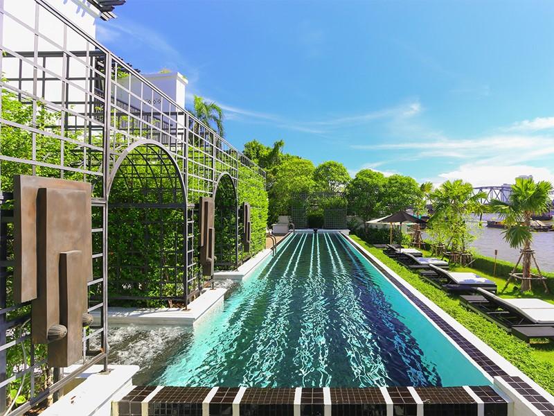 La piscine de l'hôtel The Siam en Thailande