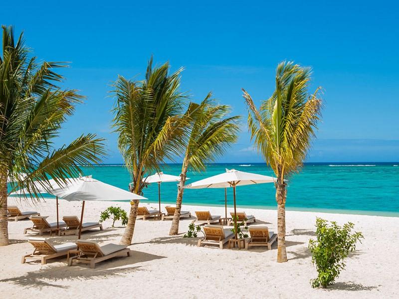 La superbe plage de l'hôtel The St. Regis Mauritius