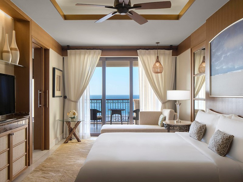 Premium Vue Mer du St. Regis Saadiyat Island Resort