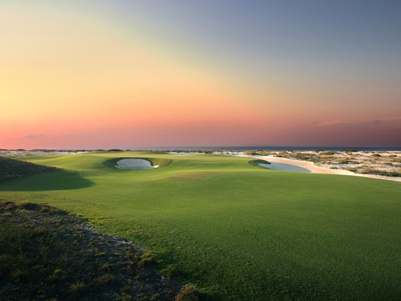 Le St. Regis met un magnifique parcours de golf à votre disposition