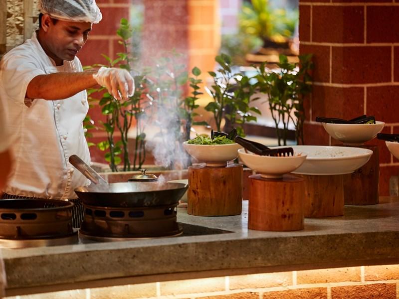 Profitez du buffet international du restaurant Iru