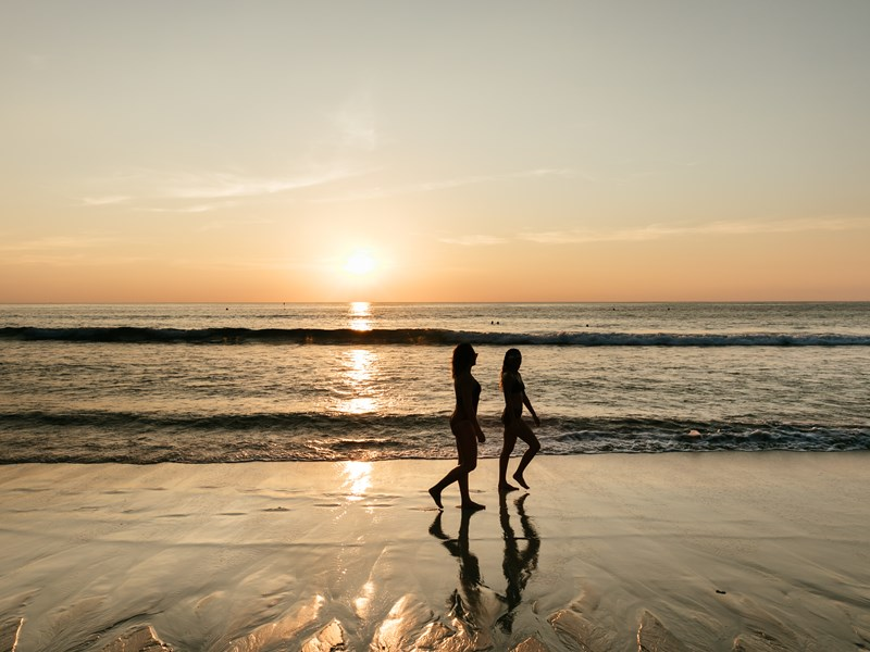 Flânez au bord de la plage
