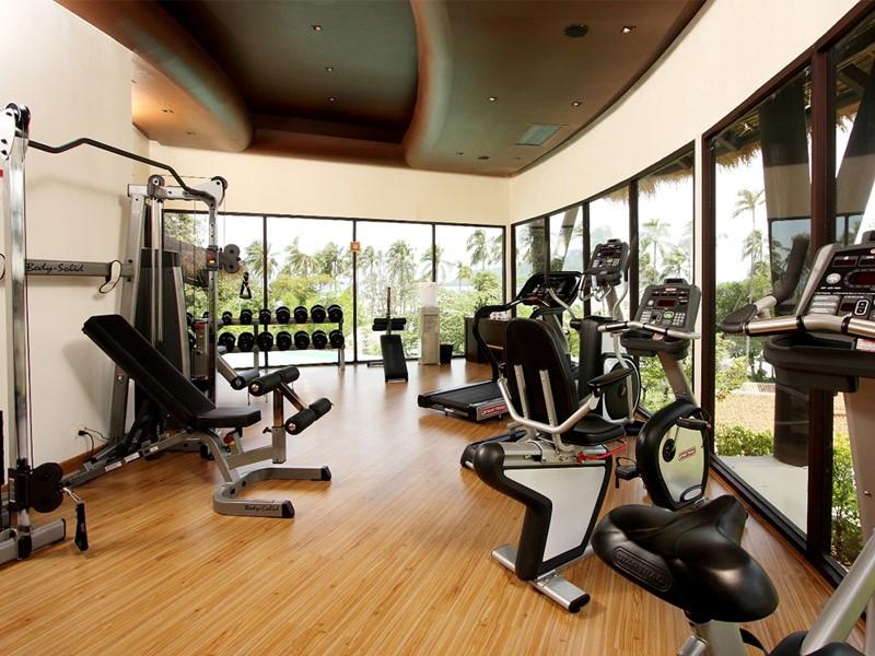 La salle de sport du Vijitt Resort Phuket en Thailande