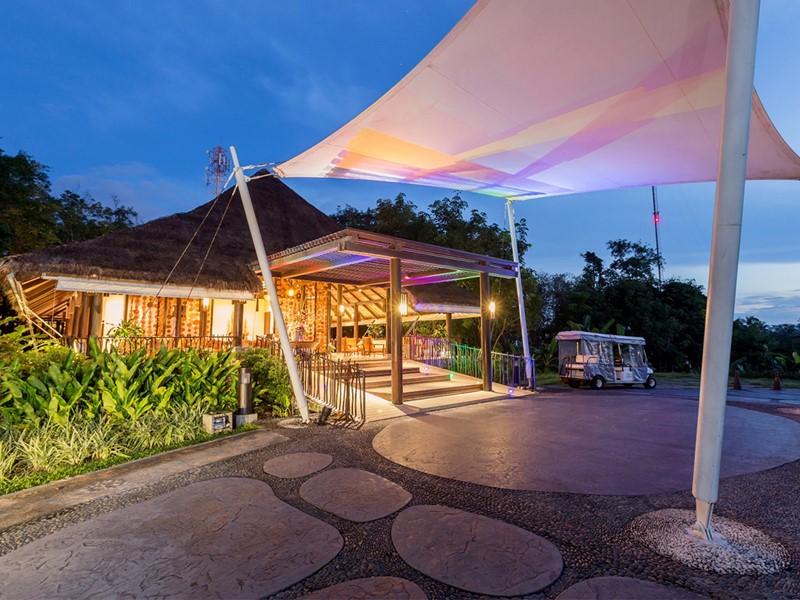 Le lobby de l'hôtel Vijitt Resort Phuket en Thailande