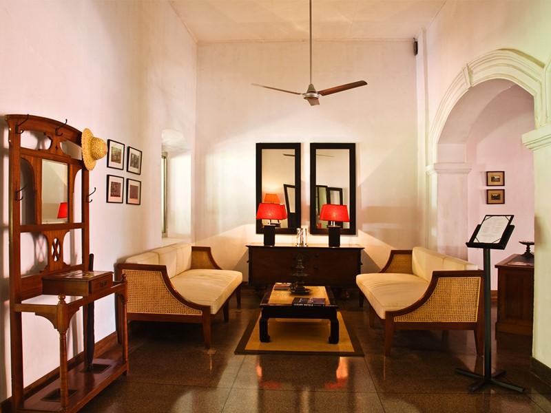 Le lobby du Wallawwa situé au Sri Lanka