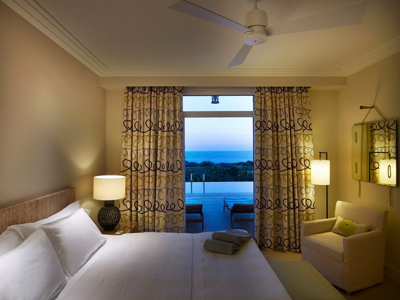 Premium Infinity Sea View Suite