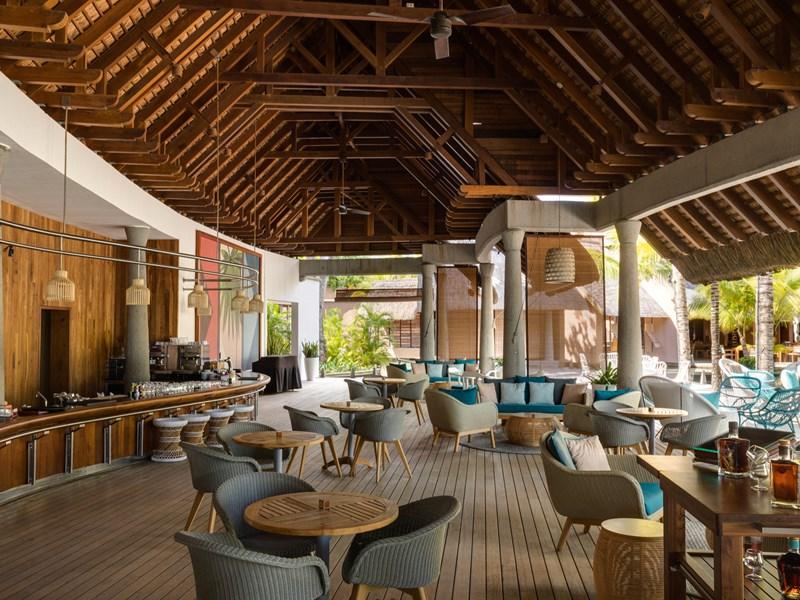 Délicieux cocktails au bar Oasis