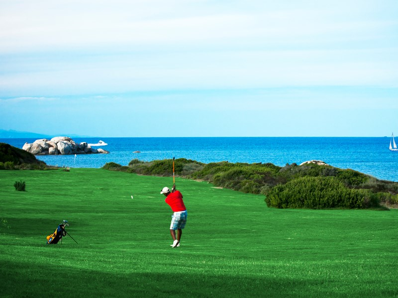 Venez découvrir le parcours de golf et ses points de vue