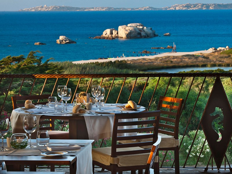 Le restaurant Les Bouches de l'hôtel Valle dell'Erica