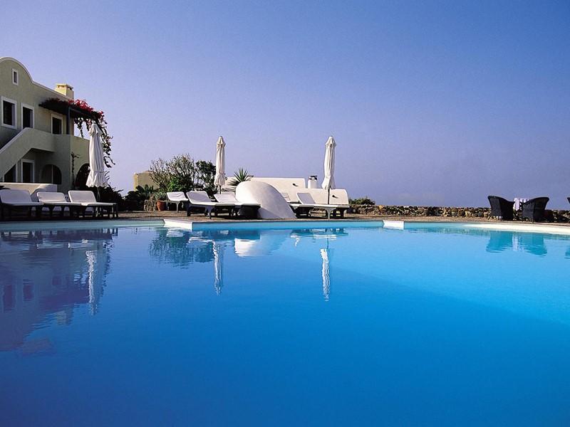 La piscine de l'hôtel Vedema Resort en Grèce
