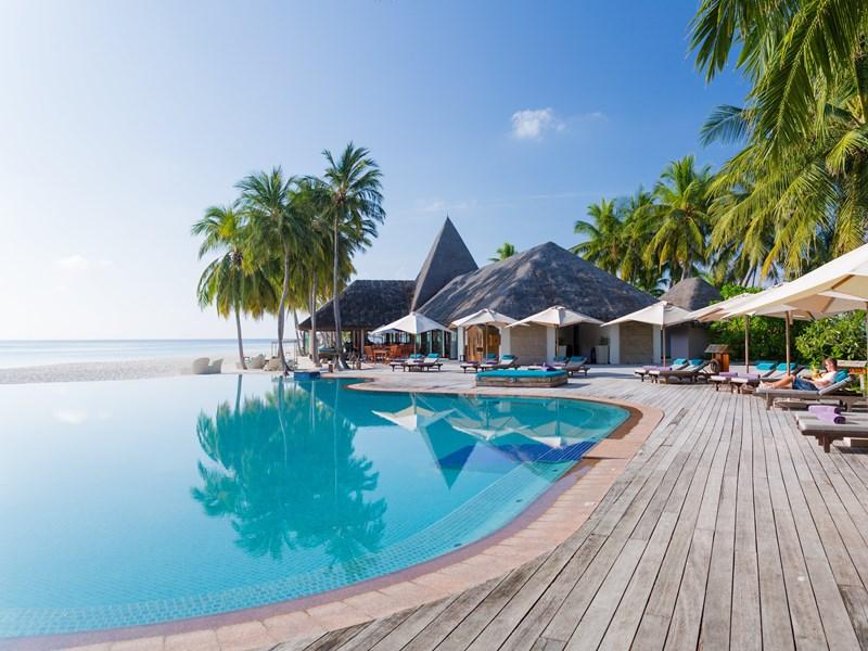 La piscine principale de l'établissement