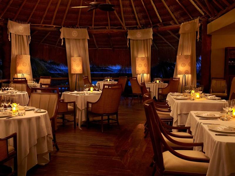 Le restaurant La Marea de l'hôtel Viceroy Riviera Maya