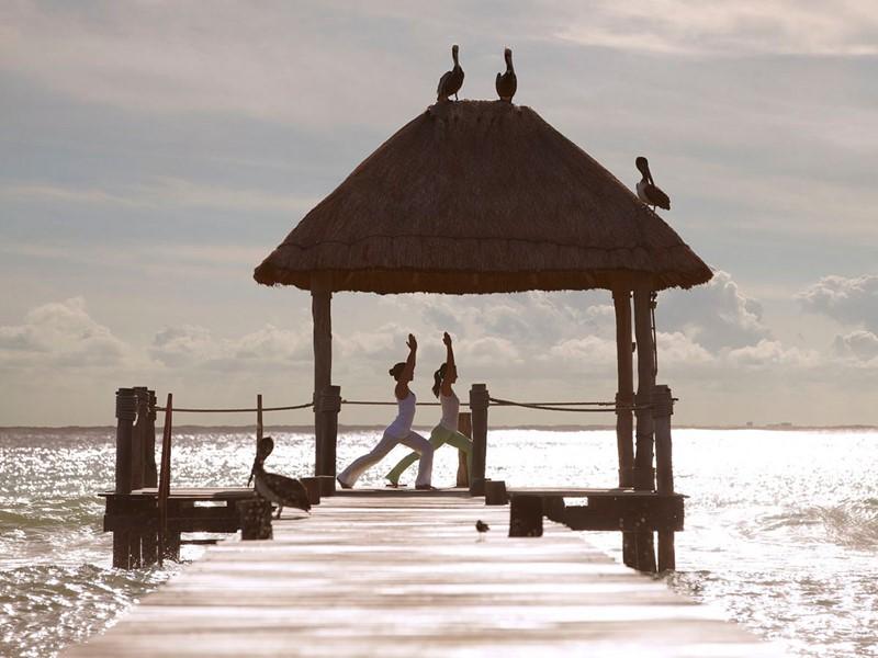 Yoga à l'hôtel Viceroy Riviera Maya à Playa del Carmen