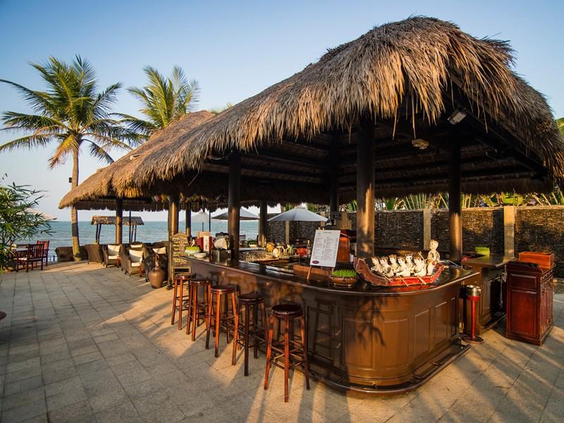Le bar Faifo du Victoria Hoi An Beach au Vietnam