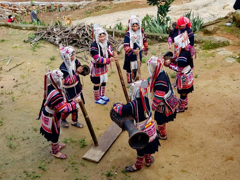 Découvrez la culture et les coutumes Akha
