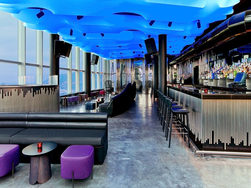 L'Eclipse Bar de l'hôtel W Barcelone situé dans la capital Catalane d'Espagne