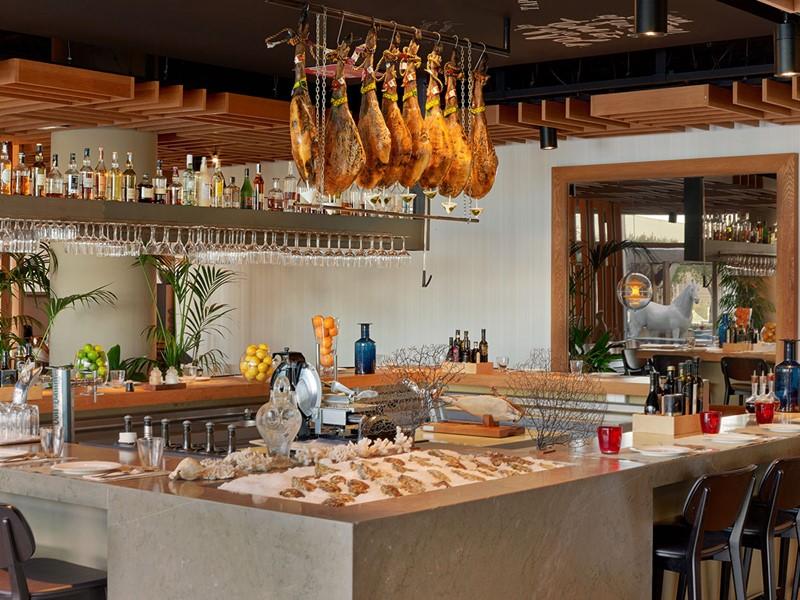 Le restaurant Bravo du W Barcelone Hotel en Espagne