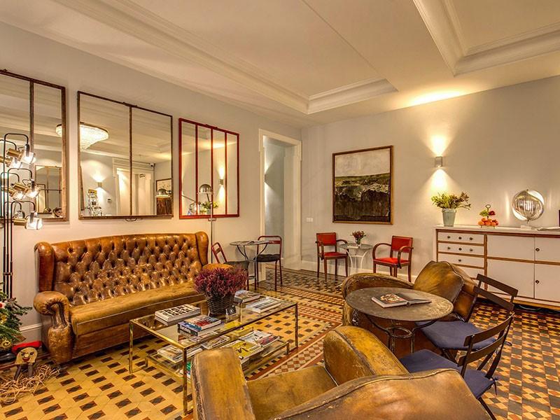 Le salon du We Boutique Hotel situé en Espagne