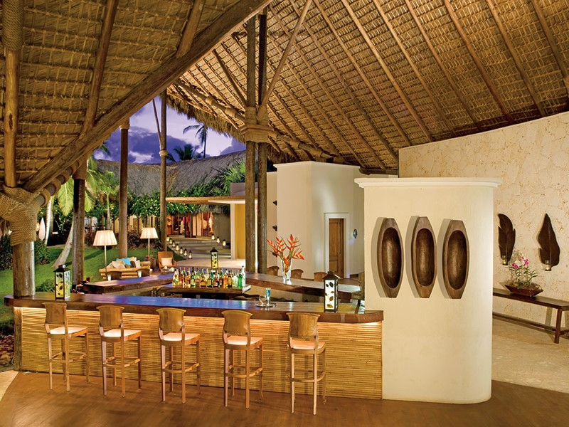 Canoa Lobby Bar