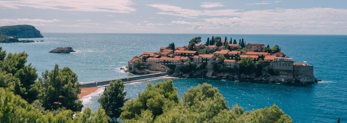 Un établissement unique, perché sur un îlot