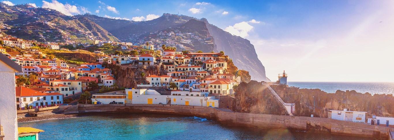 Câmara de Lobos est une petite ville située sur la côte sud de l'île de Madère