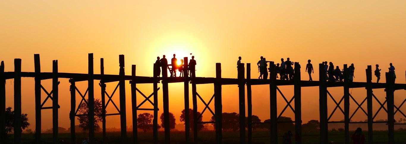 Les pagodes d'or du Myanmar